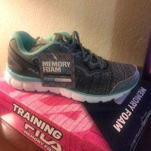 Fila women's memory foam tennis shoes